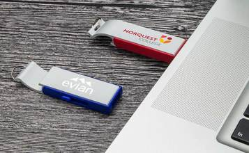http://static.flash-drives.ca/images/products/Pop/Pop_01.jpg